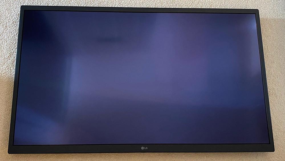 LG-UltraFine-32EP950-OLED-1.jpg