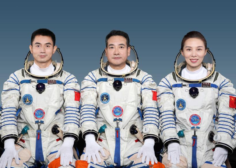 Team-Than-Chau-13.jpg